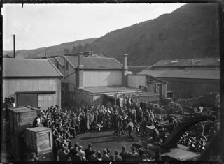 Boxing match outside the Petone Railway workshops, 28 May 1915