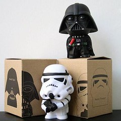 2pcs Set HootTeam.com Star Wars Darth Vader & Stormtrooper Figure Toys In Box