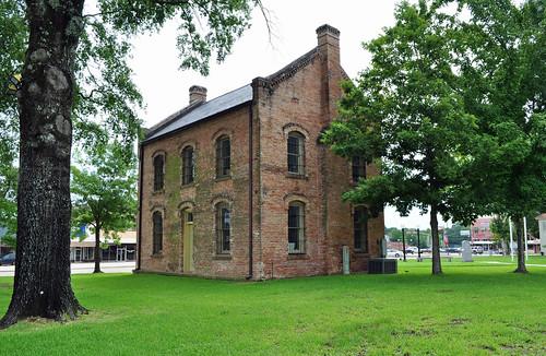 texas center shelbycounty shelbycountycourthousesquare nationalregisterofhistoricplaces 90001819 1885 jail jailhouse