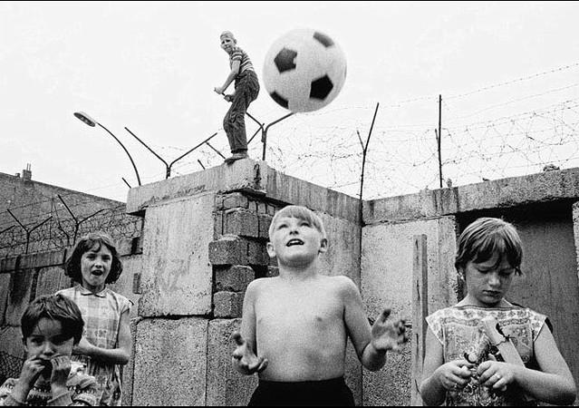West Berlin, by Thomas Hoepker 1963