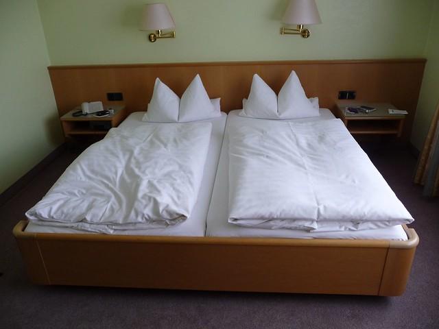 our room hotel zur post flickr photo sharing. Black Bedroom Furniture Sets. Home Design Ideas