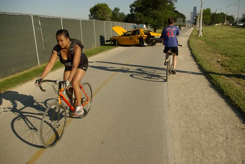 let's replace Lakeshore Drive (HWY 41) with green space