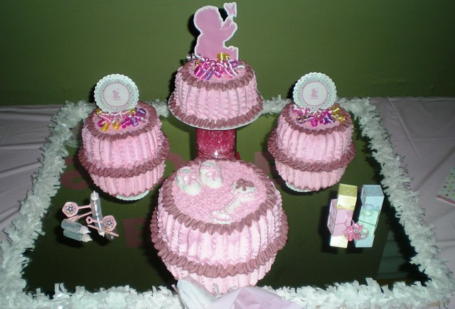 baby shower cakes baby shower by kml 39 s cakes flickr photo