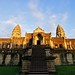 金色的吴哥 / Glory of Angkor Wat by randomix