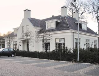 24171 Laren kantoorgebouw Lindenhof ext 01 (Burg van Nispenstraat) 2002