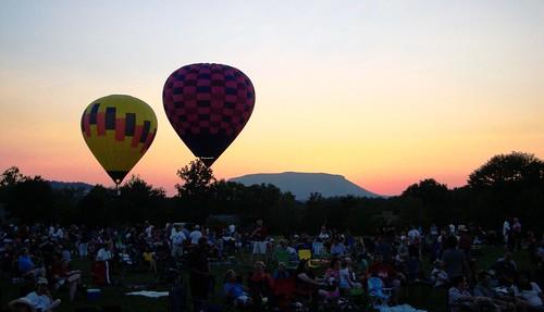 sunset summer sky balloons evening virginia outdoor dusk lexington aerial everything independenceday 2010 virginiamilitaryinstitute rockbridgecounty nosduhmj