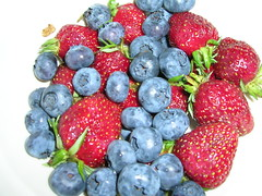 fruit blueberries strawberries