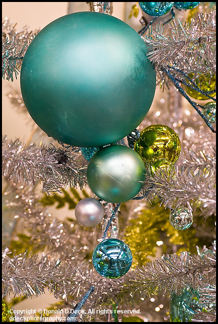 Tinsel christmas animals in Christmas & Holiday Ornaments