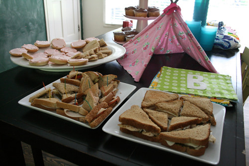 Magnificent Camping Theme Party Foods Ideas 500 x 333 · 105 kB · jpeg
