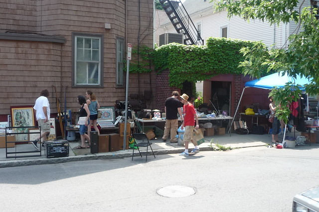 Mid Cambridge - Fayette Street flea, Cambridge, MA