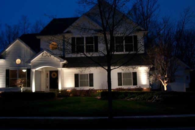 Img residential landscape lighting flickr photo sharing for Residential outdoor lighting