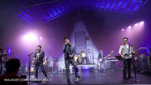 4821458912 14f452713d Camp Rock 2 w/Jonas Brothers & Demi Lovato on Soundcheck