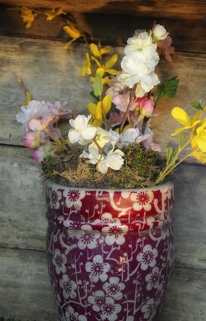 Floral arrangement w/ 28-300mm VR II