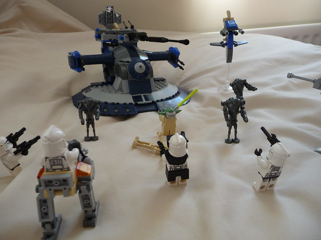 star wars lego att vs clone walkers amp yoda flickr