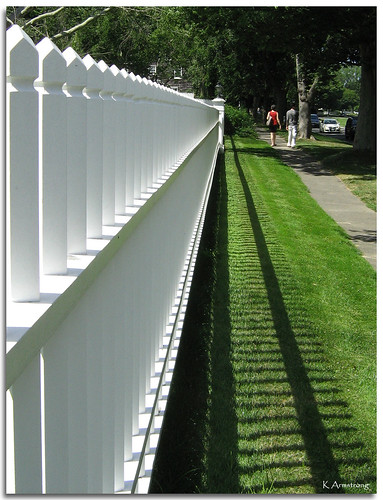 trees friends summer vacation white newyork fence shadows longisland sidewalk pedestrians easthampton