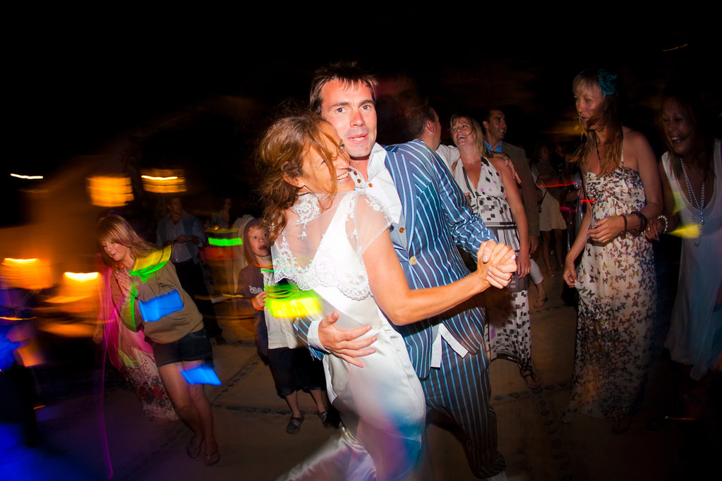 Dancing newly weds
