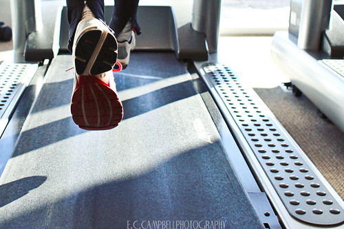 Running on a treadmill by E'Lisa Campbell on flickr