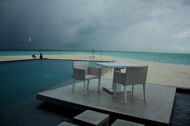 THE SITTING ARRANGMENT (MALDIVES)