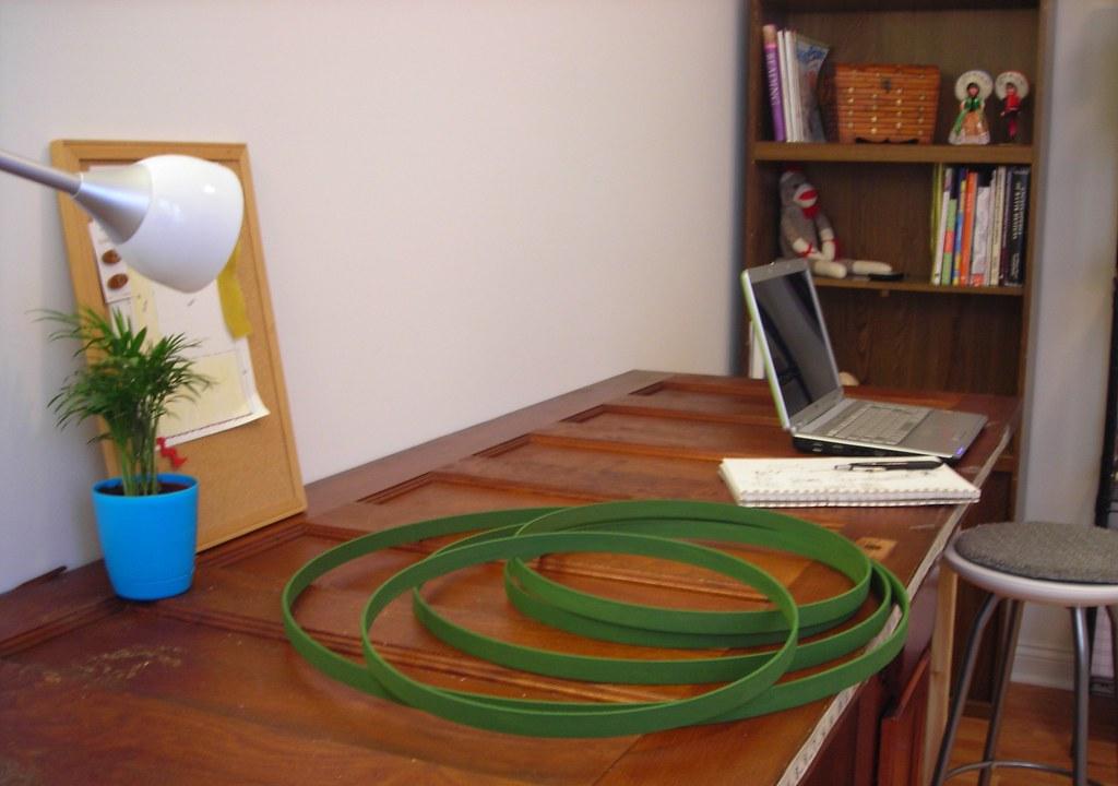Craftroom work table