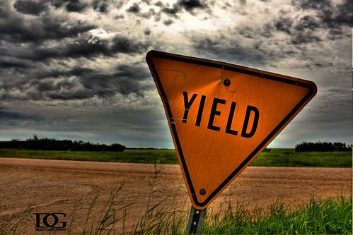 sign canon davin prairie saskatchewan yield hdr highdynamicrange limerick sask eos450d gegolick daving rebelxsi davingphotography