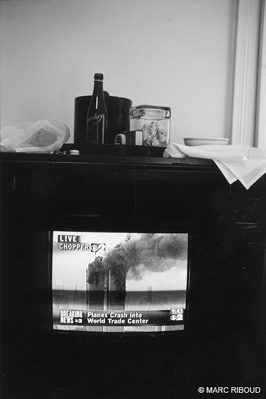 9-11 on TV, by Marc Riboud
