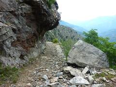 Sentier de montée vers Caprunale : à proximité du col