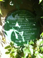 Photo of William Herschel and Caroline Herschel green plaque