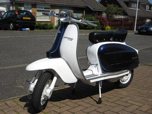1000  images about Lambretta TV175 series 3 on Pinterest