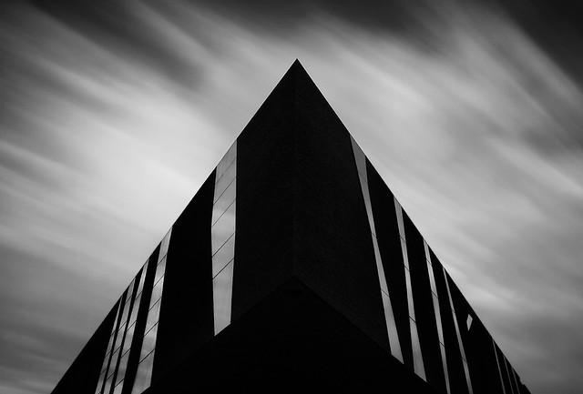4859033761 d2c0c92efc z Striking Architectural Photos Shot From The Perfect Angle