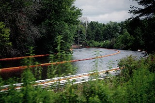 Kalamazoo River, Enbridge Oil Spill