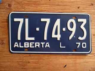 ALBERTA 1970 ---LIVERY (TAXI) PLATE 7L7493