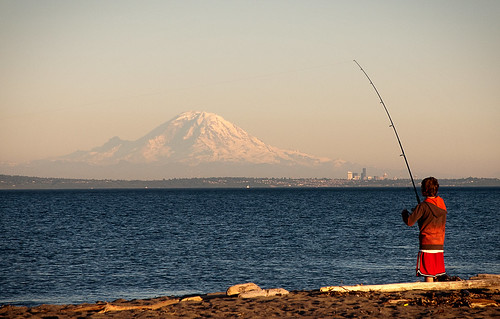 seattle sunset fish beach water washington fishing line pole mountrainier pugetsound reel hansville pointnopoint