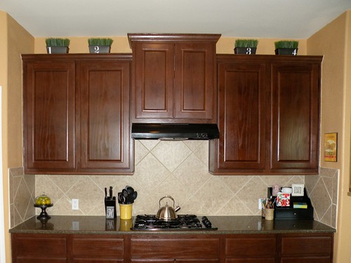 How to decorate the top of your cabinets an easy trick