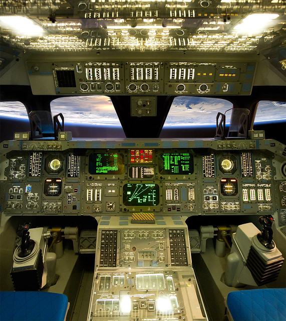 Challenger Space Shuttle Cockpit Wreckage - Pics about space