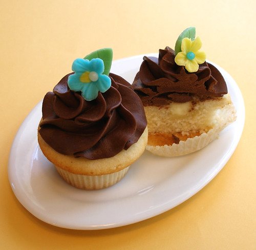 Boston Cream Pie Cupcake | Flickr - Photo Sharing!