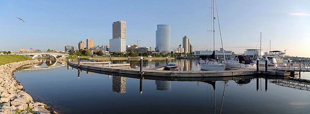 Good Morning Milwaukee (Panorama)