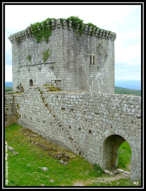 Castelo de Monforte do Rio Livre - Águas Frias (Chaves)