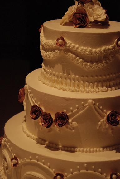Cake Decorating Italian Buttercream : 3 tier Italian Buttercream Wedding Cak Flickr - Photo ...