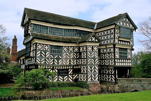 (1133) Little Moreton Hall / uk