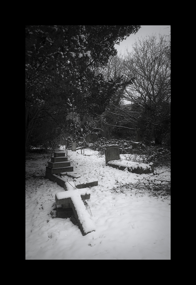 Photography: Grave Cross by Nicholas M Vivian