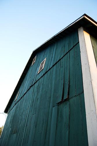 sunset green wall architecture facade barn buildings exterior farm goldenhour