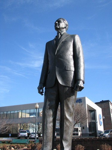 fountain statue kentucky somerset pulaski pulaskicounty johnshermancooper