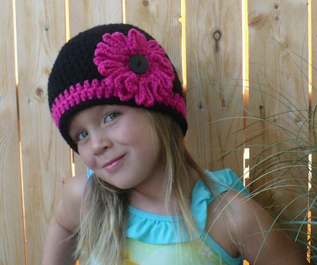 CROCHET HAT PATTERN Kids Zaggy Beanie by PlayinHookyDesigns