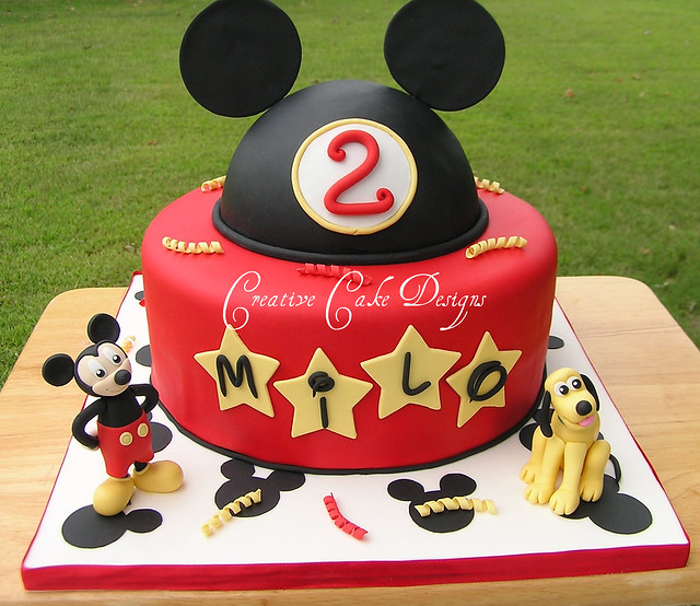 DISNEY BIRTHDAY CAKES a gallery on Flickr