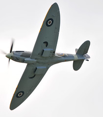 aviation, airplane, propeller driven aircraft, wing, vehicle, supermarine spitfire, radio-controlled aircraft, fighter aircraft, propeller, aircraft engine,