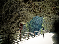 @ Tunnel of Nine Turns(Jiuqudong)