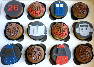 Doctor Who cupcake gift box