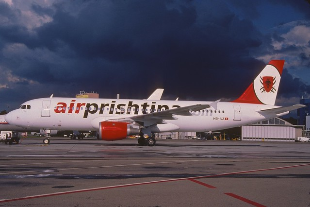 Air Prishtina Airbus A320-211; HB-IJZ@ZRH, August 2004