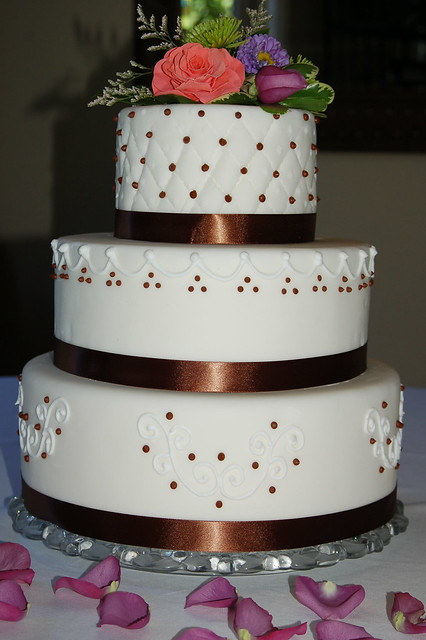 Cake Designs Jackie Brown Croydon : Rhodeshia s blog: Grecianinspired gowns and accessories ...