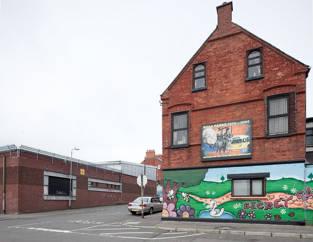 Rosa parks mural on youth center building belfast - Centre commercial rosa parks ...